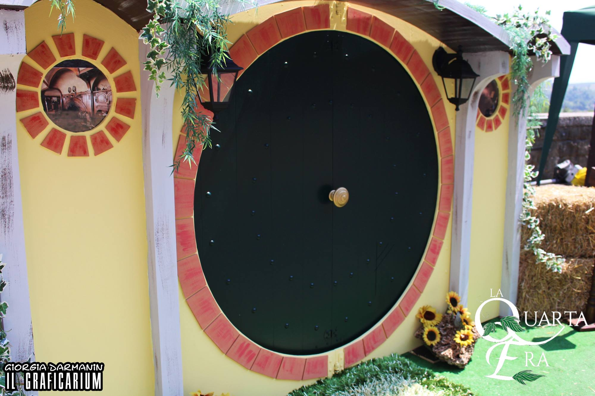 La Quarta Era - Scenografie - Porta di Casa Baggins